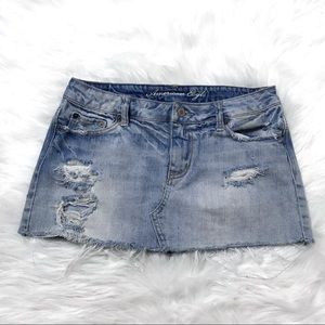 American Eagle distressed denim mini skirt size 4